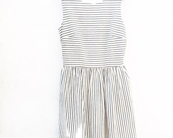 Striped cotton summer dress with pockets