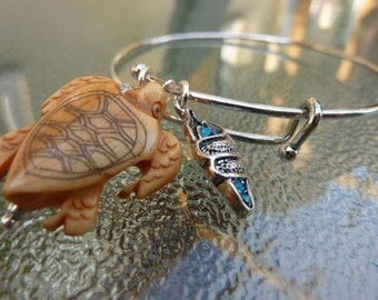 Bangle bracelet: silver plated bangle turtle and snail charms