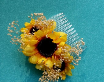 Sunflower hair comb Barn Weddings Bridal party accessories summer hairpiece silk and dried flowers Babys Breath fall autumn Woodland