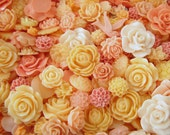 Resin Flower Cabochons : 25 Gorgeous Peach Blooming Baubles -- Shades of Peach, Apricot, & Salmon -- (Sizes from 7mm to 28mm)