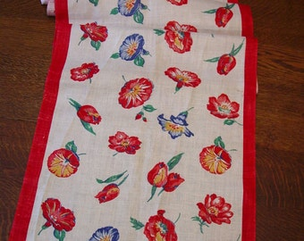 """Nice Vintage Kitchen Toweling, Bright Red, Blue Flowers on Ecru 17 x 72"""""""