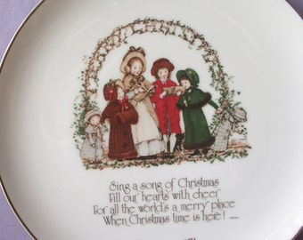 Vintage 1970's Holly Hobbie plate, 1974, Christmas Plate, Christmas decor, Girl's bedroom decor, Decorative plate