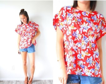 30% OFF out of town SALE Vintage boho red floral top // summer blouse // short sleeve slouchy top // silky summer shirt // floral blouse //