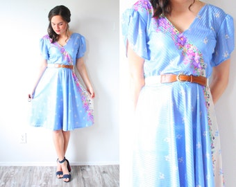 Vintage boho blue floral midi dress // blue flowered dress // 1950's floral dress // modest short sleeve dress // hippie dress