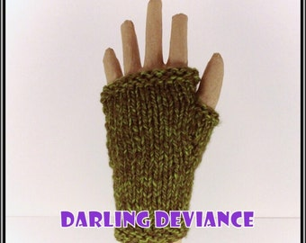 Fingerless Gloves - Green Heather