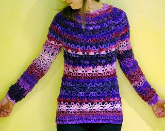 Pink violet white purple colored crochet seamless sweater pullover with flowery motive