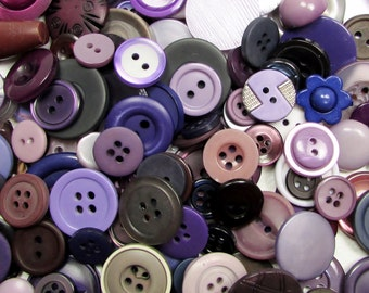 The Purple Button Assortment: A Variety of 125 Vintage to Contemporary Buttons