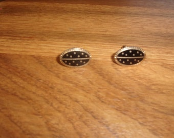 vintage pair cufflinks cuff links  goldtone black enamel polka dots