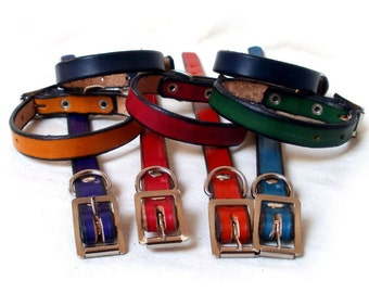 "Leather dog collar, S, 5/8"" wide, natural veg tan full grain leather, full steel buckle"