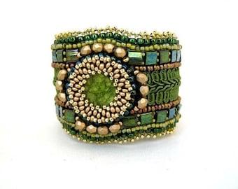 Christmas in July ON SALE Olive green bracelet, Bead embroidered bracelet, Beaded cuff bracelet, Seed bead bracelet, Unique gift for her
