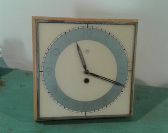 "Art deco ""Junghans""  clock,   wall clock, office clock, from the 1930s, desk accessories, Germany"
