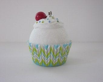 Christmas Ornament / Cupcake Ornament / Chevron Ornament