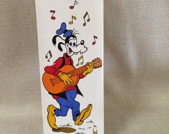 Disney Goofy Wall Pocket Vase Il. Coccio Italy