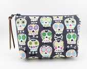Skull Cosmetic Bag, Small Zipper Pouch, Padded, Cotton Pouch, Gray, Accessory Bag, Gift idea, Gadget Case