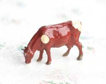 lead Grazing Cow - Antique Farm Animal Toy - Iron Cast - Made in England