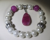 Jade and Agate, A beautiful Fuscia Color-Fancy-Must See -Beaded Stretch Bracelet  (292)
