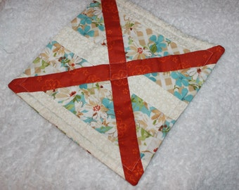 Quilted Table Centerpiece Trivet Hot Mat Candle Mat