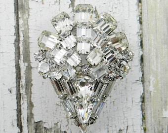 WEISS Vintage Rhinestone Brooch  Crystal Clear Baguette Emerald Cut Silver Tone Rhodium Finish - Bridal Jewelry