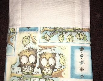 Burp Cloth in Owls