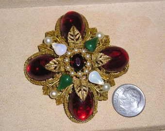 Vintage Signed Art Festive Christmas Brooch With Rhinestones Glass Faux Pearls 1960's Jewelry 2246