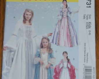 New McCall's Childs Costumes  Pattern M5731  3 to 8