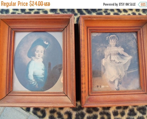 Christmas In July Sale Vintage Pictures Set of 2 Victorian Home Decor Wall Hangings 1940's 1960's Collectibles