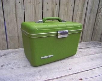 Makeup Train Case Luggage Lightweight Starflite - Green Chrome - Complete with Mirror Tray & KEY - American Retro - Wedding Honeymoon