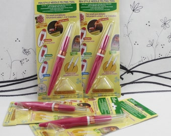 Clover felting needle pen, needle felting holder with 3 triangle needles, refillable felting pen, holder for felting needles, new in package