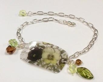 Recycled Plastic Pansy Bracelet
