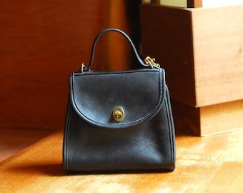 vintage Coach black leather purse / Coach Regina bag