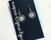 Daisy flower earrings surgical steel hooks
