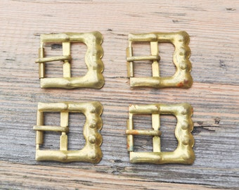 Vintage brass belt buckles.Set of 4.