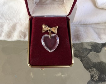 Avon crystal lapel pin President's Sales Challenge 1982 from large collection
