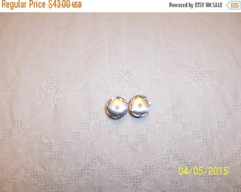 20 OFF EVERYTHING Vintage diamond cut and clear stone cuff links. Sterling silver.