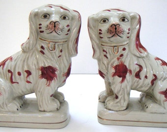 Vintage Pair of Spaniel Dog Figurine,Hand Painted,Ceramic,Hearth Spaniels,Fireplace Dogs,Pottery,Home Decor