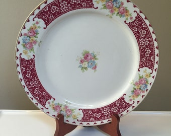 1944 Homer Laughlin Magestic Brittany pattern 9 inch Dinner Plate