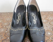 60s Shoes / Womens Shoes / Leather Shoes / Granny Shoes / Narrow Shoes / Gold Stud / Mad Men / Mid Heel / Black Shoes / Mad Men Shoes