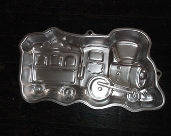 Wilton TRAIN Aluminum Cake Pan Vintage