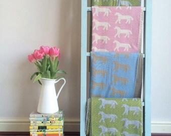 Dala Horse Mini Blanket, Green