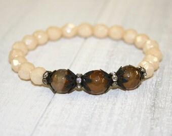 Cream Bracelet, Cream czech glass bracelet, Gemstone Bracelet, Stacking bracelet, Yoga jewelry