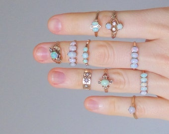 Victorian Opal Ring. 14K Gold. Five Stone Row. Size 6.5