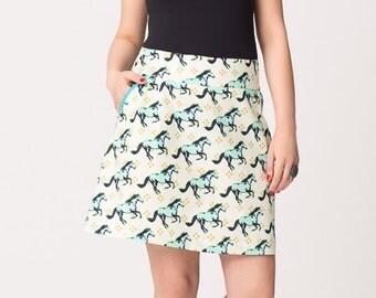 Horse Pocket Trim Skirt on Sale