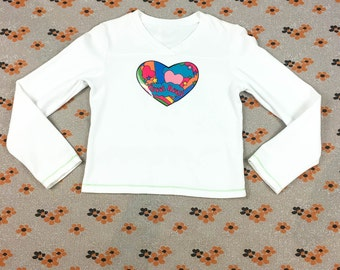 90s White Long Sleeve Crop Top with Vinyl Psychedelic Heart Applique / Y2K / Cyber Goth / Rave / Club Kid / Pastel / Tumblr / Sad Girl / S