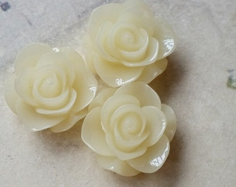 21 mm Jelly Milky White Colour Rose Resin Flower Cabochons (.su)(zzb)