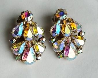 Weiss Rhinestone Earrings Bridal Jewelry Weiss Jewelry Crystal Earrings Clip On Earrings Bridesmaid Earrings Vintage Jewelry Wedding Jewelry