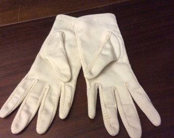 vintage gloves  ...  VINTAGE short GLOVES  soft ecru CREAMY mesh trim short arm length ...