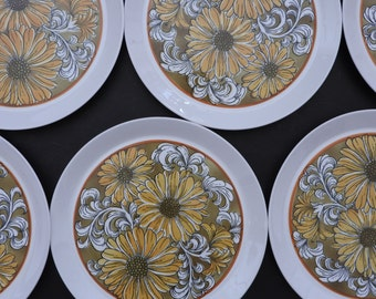 Ben Seibel Mikasa Sunflower Dinner Plates