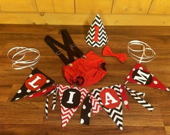Red and Black Baby Boy Birthday Banner & Smash Cake Outfit. Diaper Cover With Overall Suspenders Bow Tie and Hat Photo Props