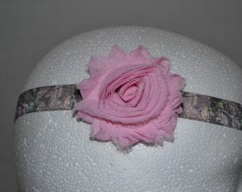 Elastic Headband with Shabby Flower FOE Real Tree Mossy Oak Camo Pink
