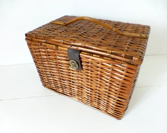 Vintage French, Small Picnic, Lunch Basket